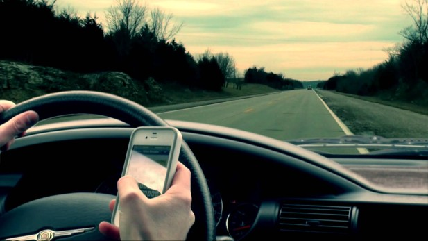 Texting-While-Driving-Ban-Florida