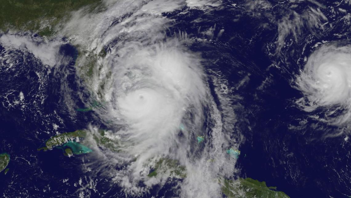 hurricane-matthew-space-satellite-image-oct-6-cat4-nasa
