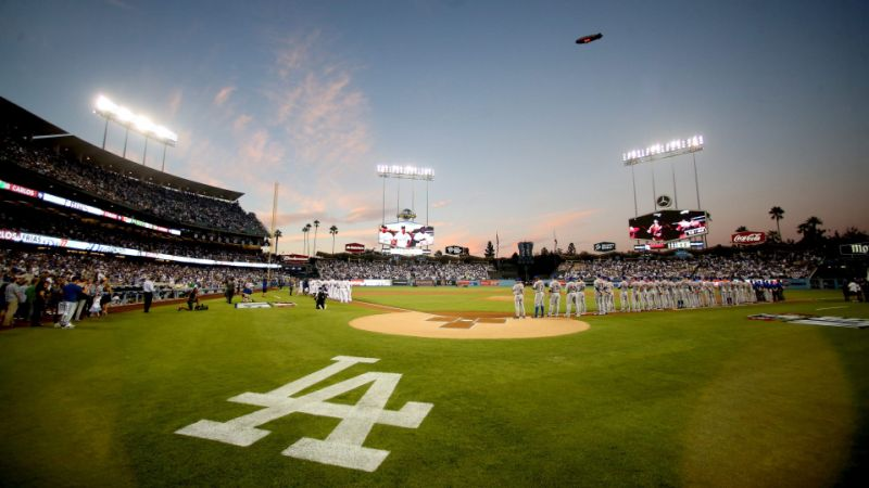 dodgers fan killed foul ball injured while watching game